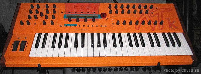 http://www.soundprogramming.net/images/Synth/Waldorf_MicrowaveXTk_Front.jpg